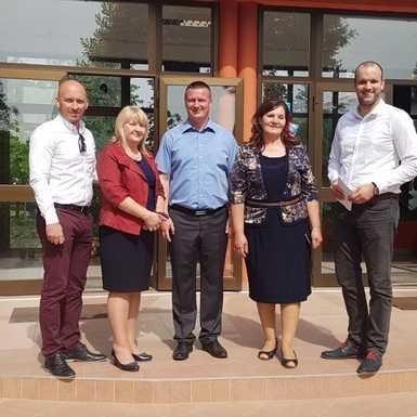 počela energetska obnova škole u Slavonskom Šamcu