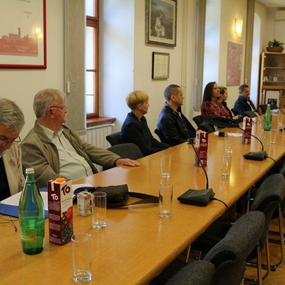 Potpisani ugovori s udrugama s područja grada Slavonskog Broda