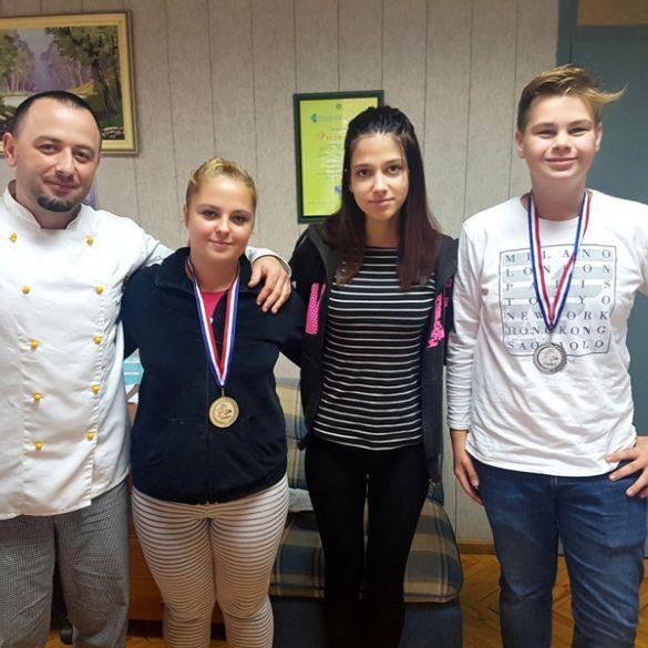 Veliki uspjeh mladih kuhara iz brodske Obrtničke škole na natjecanju 'Artlast'