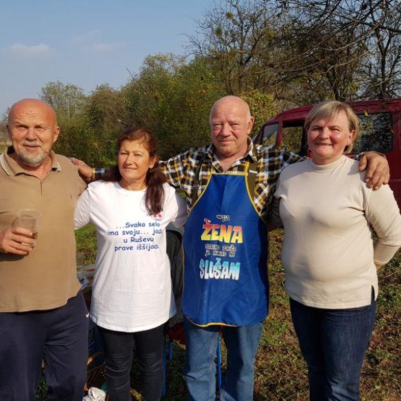 Brođani Drago i Zvjezdana Marijić skuhali najbolji fiš paprikaš u Ruševu