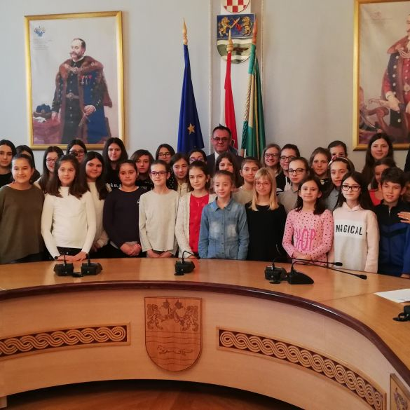 Požeško-slavonski župan nagradio uspjeh učenika