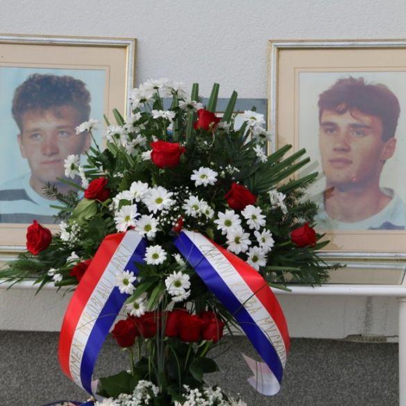 Mariću i Vrbatu postavljena spomen-ploča na stadionu MV Croatia 1976.