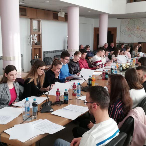 Brodsko-posavska županija stipendira 38 studenata medicine