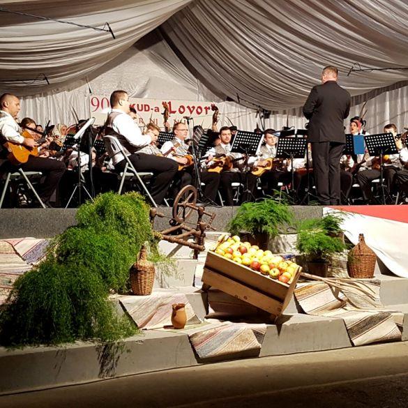 Povodom 90. rođendana KUD-a 'Lovor' u Trnjanima održana Gala večer