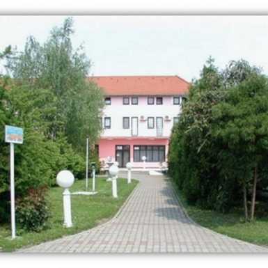 Humanitarni malonogometni turnir u Studenskom centru Slavonski Brod