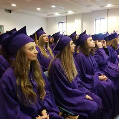 Slavonski Brod bogatiji je za 70 mladih obrazovanih ljudi