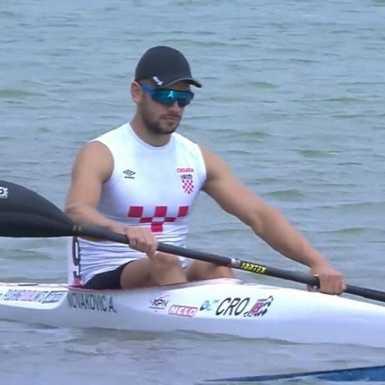 Novaković sedmi u polufinalu jednosjeda na 1000 m