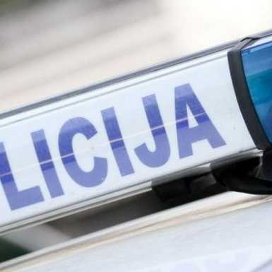 POLICIJA NASTAVLJA S POJAČANIM NADZORIMA U PROMETU