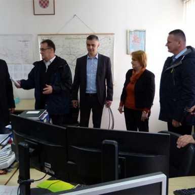 Županijsko izaslanstvo posjetilo neke od žurnih službi u sastavu Stožera CZ