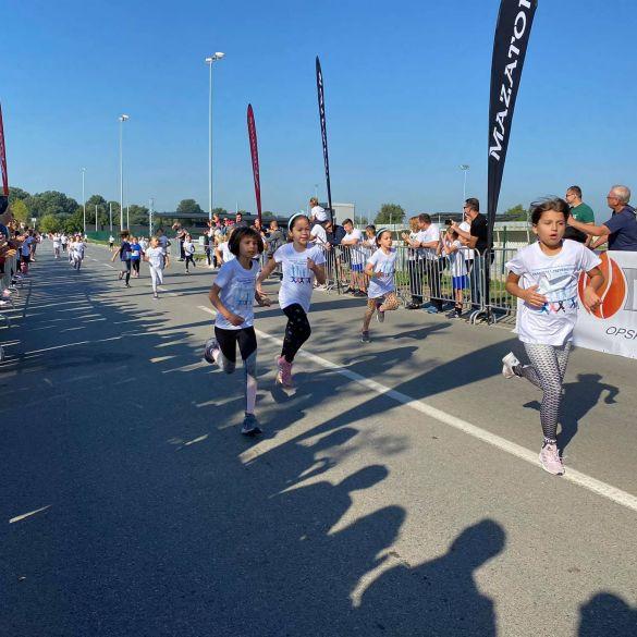 Više od 700 građana svih dobi trčalo za zdravlje i pomoć oboljelima