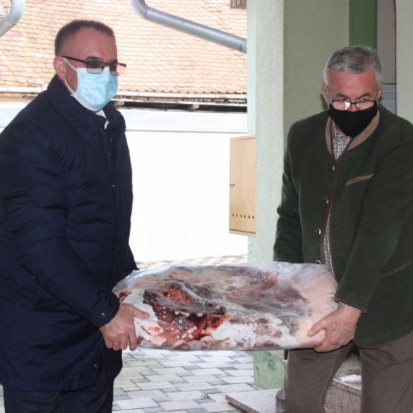 Lovački savez i PSŽ donirali meso za ljude pogođenih područja