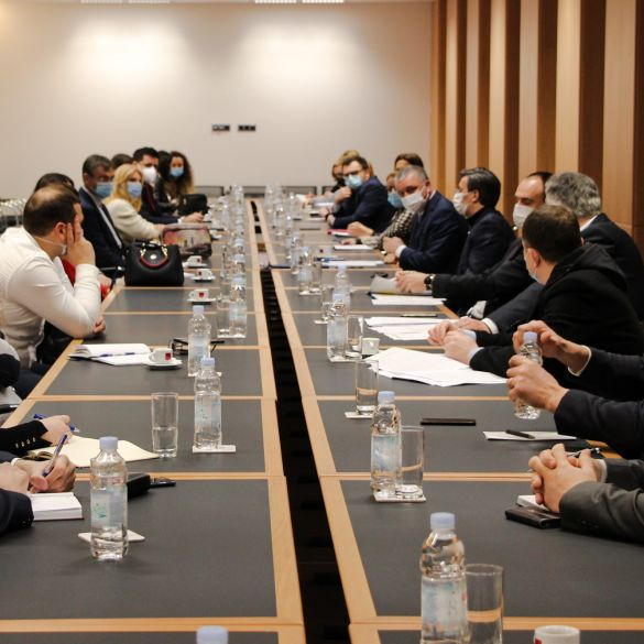 Ministar Horvat održao sastanak s predstavnicima banaka