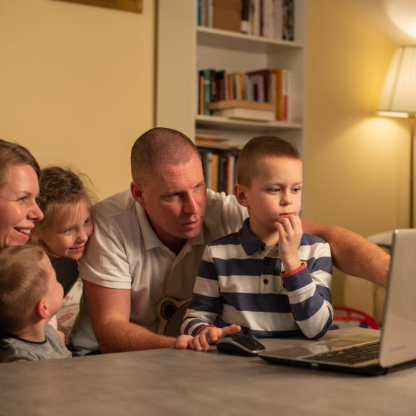 Kako smanjiti digitalne razlike među djecom?