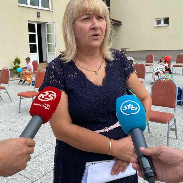 Prvog dana nastave predstavnici županije posjetili prvašiće