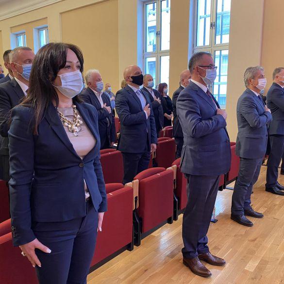 Povodom Dana županije položeni vijenci za poginule branitelje