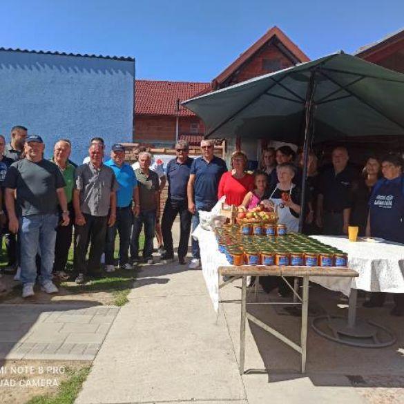 Uspješno završena humanitarna sedma Mićina Ajvarijada