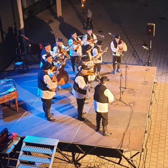 Ansambl LADO svoju ljetnu turneju otvorio u Slavonskom Brodu
