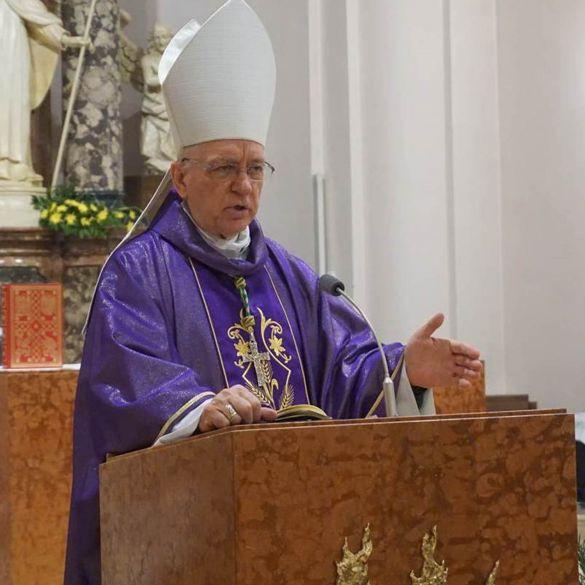 Mons. Antun Škvorčević građanima uputio uskršnju poruku