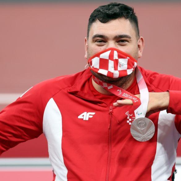 Srebrni paraolimpijac Velimir Šandor vratio se u Hrvatsku