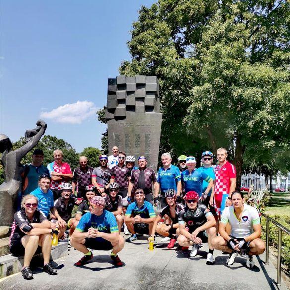 Biciklisti krenuli prema Dubrovniku: Put dug tisuću kilometara