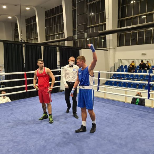 Četiri pobjede za boksače Radničkog