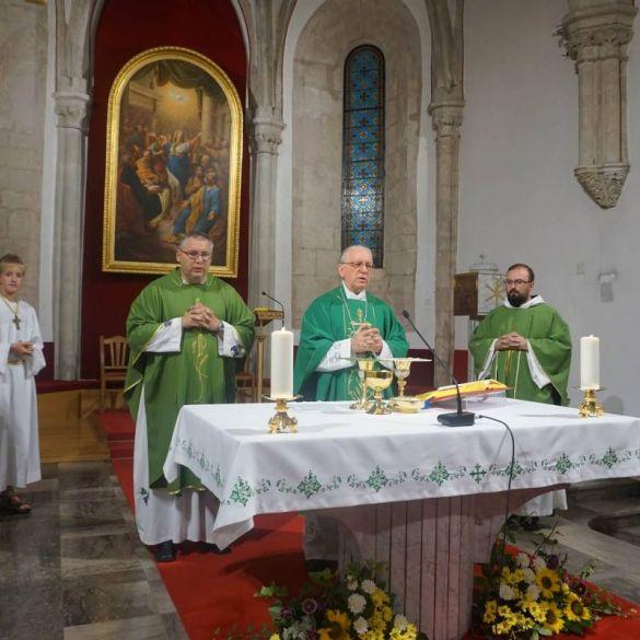 Novi župnici uvedeni u službu Požeške biskupije