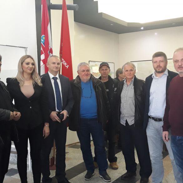 SDP OKUPIO LOKALNE MEDIJE; SLAVONSKI BROD I ĐĐ VIŠE NE MOGU ČEKATI